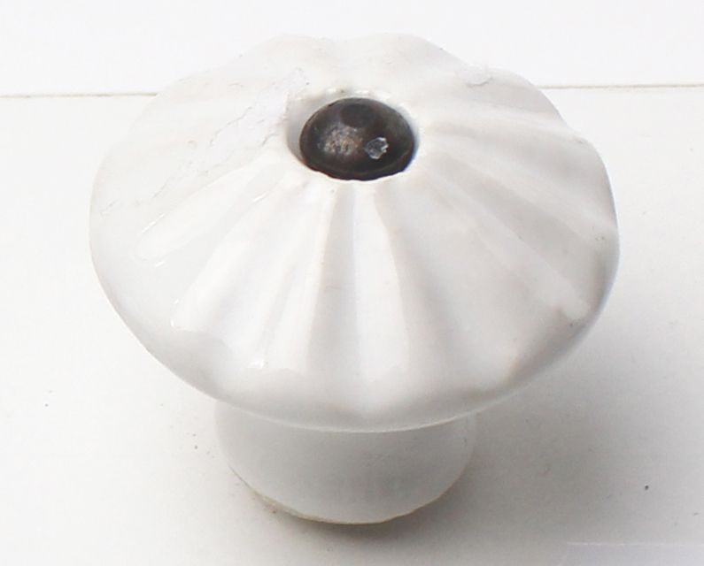 31008 - knopka bílá patina 40mm porcelán